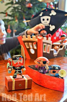 Quick Treasure Box and Pirate Rowing Boat craft.. (using old boxes)