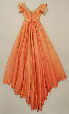 Evening dress Date: Culture: American Medium: silk Dimensions: Length at CB: 70 in. cm) Credit Line: Gift of Russell Hunter, 1959 Accession Number: Vintage Gowns, Vintage Outfits, Victorian Fashion, Vintage Fashion, Retro Fashion, Evening Dresses, Summer Dresses, Prom Dresses, Victorian Costume