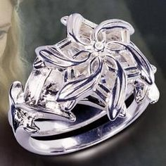 Galadriels Ring from Lord of the Rings. Painfully nerdy, but if this was my engagement ring, I would die. Not only am I obsessed with lord of the rings, but this ring is so gorgeous.