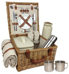 Delux, Fully Fitted Traditional Picnic Hamper / Basket. 2 Person