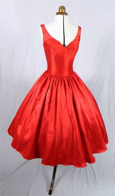 Betty Draper would look amazing in this! Beautiful 50s inspired red dress with detachable by elegance 50s,