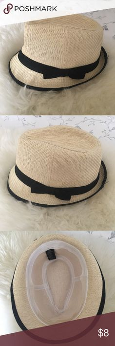 Fedora Straw Hat Great condition, some stains inside hat rim (please see 4th picture). Forever 21 Accessories Hats