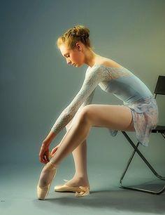 Ballarina:  Elena Ivolgina ~ Photographer: Nikolay Krusser