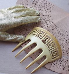 French Horn comb with greek key pattern
