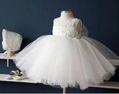 Resultado de imagem para vestido de daminha de honra branco