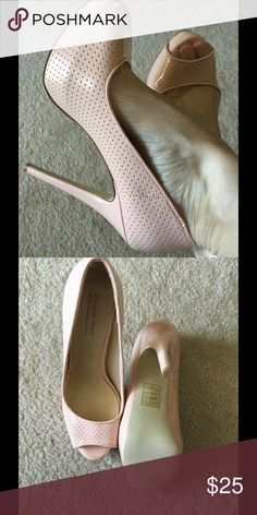 "Blush Hels Size 7.5, heel 5"", comfortable, never worn Shoe Dazzle Shoes Heels"