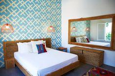 Aires coloniales - AD España, © D.R. En la Comunidad Behomm de intercambio de casas creativas, vimos esta colorida y sencilla habitación para suspirar en Bali, perteneciente a un diseñador de moda. Foto D.R.