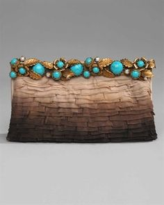 Copper and turquoise - colors are perfect together Clutch Valentino Valentino Handbags, Valentino Garavani, Fashion Bags, Fashion Accessories, Beautiful Bags, Clutch Purse, My Bags, Evening Bags, Designer Handbags