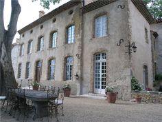 Facade   chateau Côte d'Azur