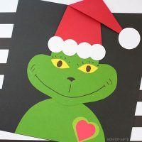 Easy Christmas Crafts For Kids - Santa, Elves, Reindeer And Christmas Handprint Crafts, Santa Crafts, Christmas Crafts For Toddlers, Reindeer Craft, Easy Christmas Crafts, Kids Christmas, Crafts For Kids, Preschool Christmas, Christmas Ornaments