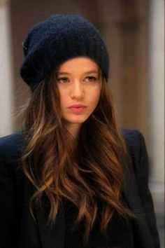 Hi im Eleanor and im 18 and taken by my wonderful boyfriend louis. Im a model and yeah introduce?