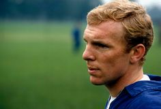 Beautiful pic of Bobby Moore Football Boots, Football Soccer, Football Players, Bobby Moore, Football Images, West Ham, Classic Image, Good Old, World Cup