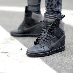 Buty Nike Wmns Dunk Sky Hi Sneakerboot