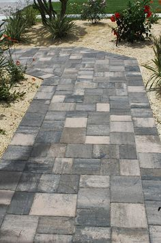 Stonehurst Oak Run paver walkway installed by National Pavers in Boca Raton, Florida. Paver Walkway, Brick Pavers, Walkways, Backyard Retreat, Backyard Landscaping, Hardscape Design, Tampa Florida, Outdoor Spaces, Outdoor Gardens