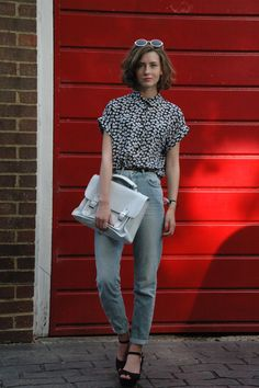 8 Cool Ways to Wear Boyfriend Jeans This Fall
