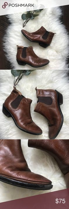 """Sofft Leather Chelsea Brown Leather Ankle Boots Sofft Leather Chelsea Brown Leather Ankle Boots. Size 6.5. EUC. 1.5"""" Heel. Sofft Shoes Ankle Boots & Booties"""