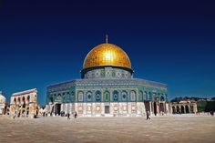 Dome of the Rock | The 3rd most important temple for the Muslim people. Build in top of the temple that was the most important for the Jewish, in the city that is the most important for the Christians after the Vatican. What a mess,  Armenian Quarter, Jerusalem