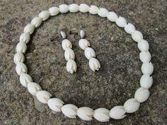 Nice-Authentic-Hawaiian-Pikake-Flower-Necklace-Earrings-Retro-1940s-1950s-Vtg