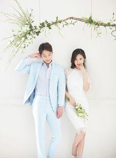 korea prewedding boda studio 2017 new sample Pre Wedding Shoot Ideas, Pre Wedding Photoshoot, Wedding Poses, Wedding Dresses, Korean Wedding Photography, Wedding Company, Wedding Beauty, Korean Photo, Bride