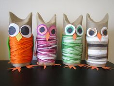 The orchard: more owls in the family basteln mit abfallmaterial, eulen bast Owl Crafts, Crafts To Sell, Diy And Crafts, Arts And Crafts, Fall Art Projects, Animal Projects, Kindergarten Art, Preschool Art, Diy For Kids