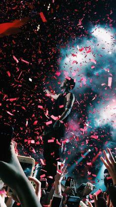 tyler joseph // josh dun // twenty one pilots Tyler Joseph, Tyler Y Josh, Josh Dun, Imagine Dragons, Pentatonix, Emo Bands, Music Bands, Twenty One Pilots Wallpaper, Sargento