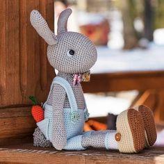 Mesmerizing Crochet an Amigurumi Rabbit Ideas. Lovely Crochet an Amigurumi Rabbit Ideas. Crochet Bunny Pattern, Crochet Rabbit, Crochet Animal Patterns, Crochet Patterns Amigurumi, Crochet Dolls, Crochet Animals, Easter Crochet, Cute Crochet, Crochet Baby