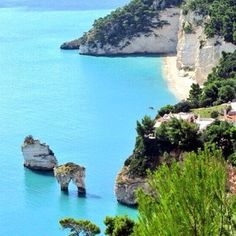 Il paradiso allimprovviso...  www.pizzicatobeb.com #gargano #puglia
