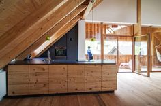 Fichtenholz Küche // Spruce wood kitchen … Farmhouse Remodel, Kitchen Remodel, Kitchen Fan, Wood Columns, Kitchen Modular, Modern Farmhouse, Furniture, Decor, Wood Design
