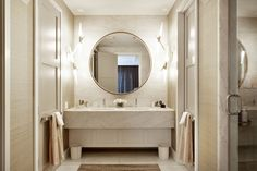 Gramercy Loft - contemporary - Bathroom - New York - David Howell Design Oversized Round Mirror, Large Round Mirror, Round Mirrors, Interior Exterior, Modern Interior, Interior Architecture, Interior Design, Bad Inspiration, Bathroom Inspiration