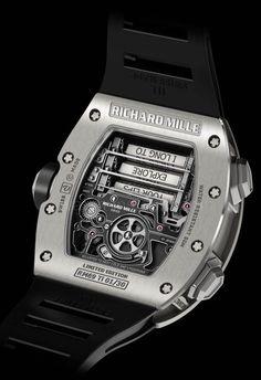 bb603c96bc9 La Cote des Montres   La montre Richard Mille Tourbillon RM 69 érotique -  Dévoiler au