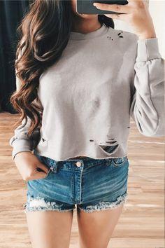 Light Grey Long Sleeves Round Neck Hole Cropped Sweatshirt - US$19.95 -YOINS