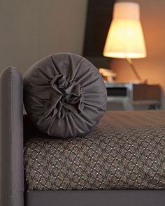 b1d8989150 8 fantastiche immagini su Flou Eclettic nel 2015 | Sleeper Sofa, Sofa Beds  e Couch