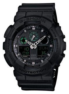 CASIO G-SHOCK horloge GA-100MB-1AER. Horloge met zwarte kast, zwarte wijzerplaat en voorzien van groene accenten. Dit model heeft een analoge en digitale tijdsaanduiding, datumweergave en alarmfunctie. De zwarte band heeft gespsluiting. Dit model antimagnetisch. De behuizing is zo geconstrueerd dat deze afgeschermd wordt tegen magnetische invloeden van buitenaf. Met de Wereldklok-functie kan je beschikken over 29 verschillende tijdzones.