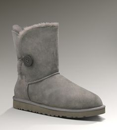 I crave for UGG Boots