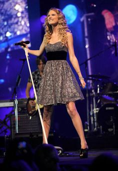 Taylor Swift in a strapless Betsey Johnson dress