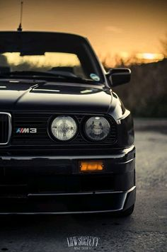 Drift # not the average BMW ? Second generation of the BMW 3 Series Coupe? Second generation of the 3 Series BMW model line. Bmw E30 M3, Bmw E30 Coupe, Bmw Autos, Carros Bmw, Bmw Wallpapers, Bmw M3 Wallpaper, Bmw Classic Cars, Bmw Love, Bmw 3 Series