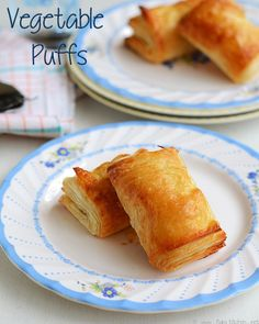 Learn how to make South Indian recipes, North Indian recipes and eggless baking recipes with step by step pictures and videos! Vegetable Puffs Recipe, Vegetable Recipes, Vegetarian Recipes, Veg Puff Recipe, Veggie Dishes, Butter Puff Pastry, Puff Pastry Recipes, Puff Pastries, North Indian Recipes