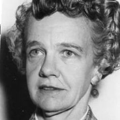 Irene Emery, dancer, sculptor, weaver, textile scholar. Obit (pdf). WA Post obit: https://www.washingtonpost.com/archive/local/1981/05/27/irene-emery-81-retired-official-of-textile-museum/f1b33052-2a15-4165-8f77-2bd35e8f0c9f/?utm_term=.a52d2c68aa86 , mentioned  at 80: https://www.washingtonpost.com/archive/local/1981/05/27/irene-emery-81-retired-official-of-textile-museum/f1b33052-2a15-4165-8f77-2bd35e8f0c9f/?utm_term=.a52d2c68aa86 , photo: http://www.gf.org/fellows/all-fellows/irene-emery/