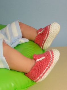 Knitting Pattern  Baby Simple Slip on Deck Shoes by madmonkeyknits, $3.95
