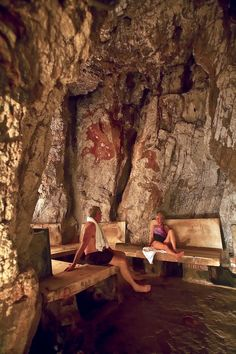 Yampah Vapor Caves natural steam rooms in Glenwood Springs, Colorado