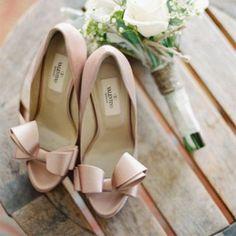 10 cose da sapere per trovare le scarpe da sposa ideali