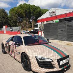 Your car t-shirt shop - Luxury World Car Shop - New T-shirt Collection 2020 Bugatti, Lamborghini, Ferrari, Gucci Outfits, Audi Rs, Luxury Homes Dream Houses, Car Wrap, Luxury Interior Design, Luxury Beauty