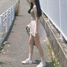 korean street fashion that is gorgeous. Korean Street Fashion, Korea Fashion, Girl Fashion, Fashion Outfits, Womens Fashion, Girly Outfits, Cute Outfits, Uzzlang Girl, Fashion Project