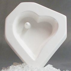 Holey Heart Mold