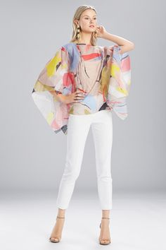 Are you resort ready? Shop the gorgeous Josie Natori Printed Gauze Caftan Top in time for your next tropical getaway.