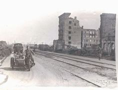 Stalingrad Center.  The (broad, squarish) U-shaped building between Krasnoznamenskaya Ulitsa and the Tsaritsa.