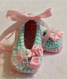 Crochet Baby Booties in Mint Green and ❤