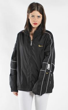 6c22025230b14 Vintage Nike Windbreaker Jacket