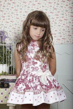 Blog moda infantil Little Dresses, Little Girl Dresses, Girls Dresses, Flower Girl Dresses, Baby Girl Fashion, Toddler Fashion, Moda Blog, Girl Inspiration, Young Fashion