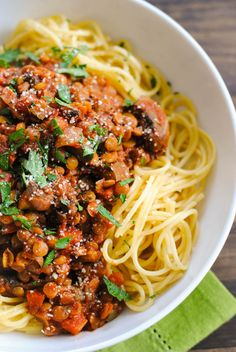 Lentil & Mushroom Ragu - A hearty vegetarian pasta sauce that will leave even the hungriest eaters satisfied! Serve over Spaghetti Squash for a gluten free vegetarian meal! Veggie Recipes, Whole Food Recipes, Vegetarian Recipes, Healthy Recipes, Spaghetti Recipes, Pasta Recipes, Cooking Recipes, Noodle Recipes, Paula Deen